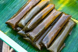 Bayi-bayi street food wrapped in banana leaves (Flip 2019)