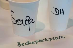 Becher am Becherparkplatz beim Barcamp Köln 2018