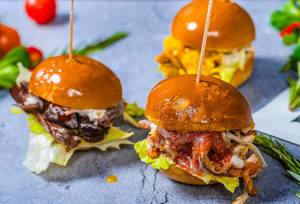Beef Burger With BBQ sauce