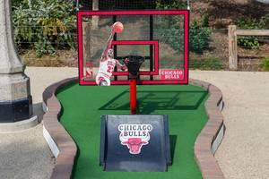 Beim City Mini Golf in Chicago ist eine Minigolfbahn den Chicago Bulls und Michael Jordan gewidmet