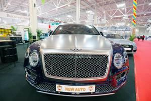 Bentley Bentayga SUV, Aufnahme von vorne