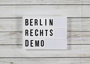 Berlin: 100 Rechte treffen auf Tausende Gegendemonstranten
