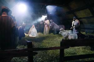 Birth of Jesus, manger scene, Christianity tradition