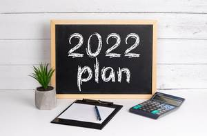 Blackboard with 2022 plan text