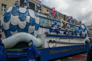Blaue Funken Korps beim Rosenmontagszug - Kölner Karneval 2018