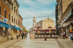 Blick auf die Kirche in Poreč
