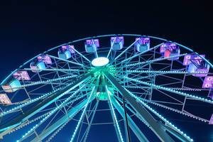 Blue Ferris whell, night view