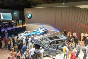 BMW iFE 18 für die Elektro-Rennserie der Formel-E-Saison