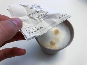 Bonpflicht in Deutschland: ein 2,50 Euro Beleg für ein Latte Macchiato