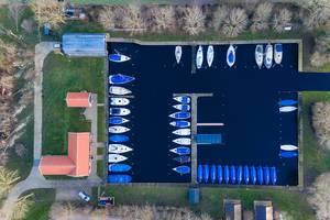 Bootsanlegeplatz im Waterpark Terkaple aus der Luft fotografiert