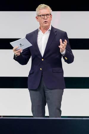 Börje Ekholm CEO von Ericsson auf der DigitalX in Köln auf der Bühne über 5G powered business