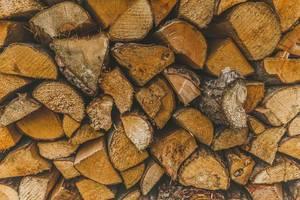 Brennholz als Backdrop