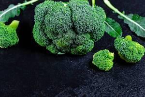 Broccoli mit Wassertropfen