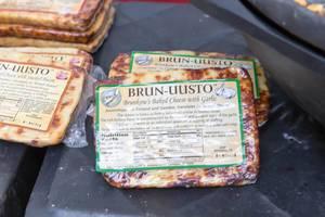 Brun-uusto Bread Cheese with garlic - City Market, Chicago