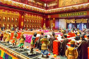 Buddha Tooth Relic Temple Indoor