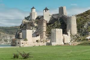 Burg Golubac an der Donau in Serbien
