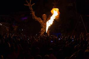 Burning Man wird angezündet