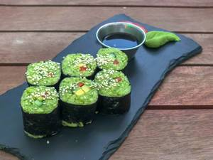 California rolls at Avocado Cafe: avocado, zuchini, lemon, cucumber, seaweed, sweet pepper, tomato, parsley, sunflower seeds