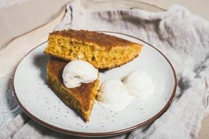 Carrot Cake With Vanilla Ice Cream (Flip 2019)