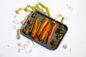 Carrots in a frying pan
