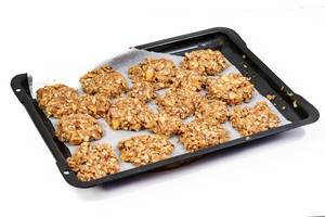 Cereal and Apple cookies baked in the oven