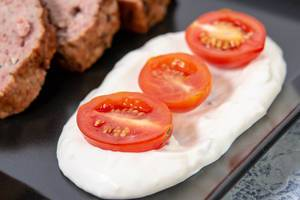 Cherry Tomatoes with Tartar sauce on the plate (Flip 2019)