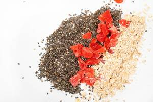Chia Seeds, Dried Papaya and Oatmeal