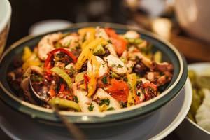 Chicken Paprica Salad With BBq Sauce (Flip 2019)