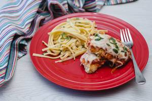 chicken parmagiani with pasta