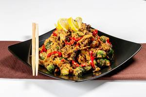 Chicken with vegetables in spicy sauce (Flip 2019)