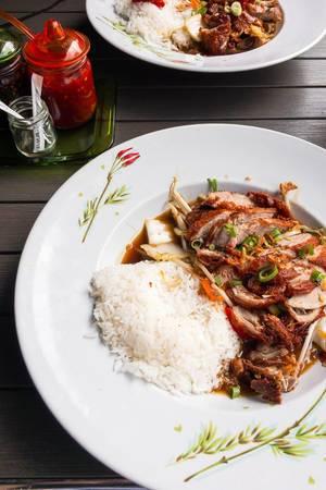 Chili-Ente mit Reis