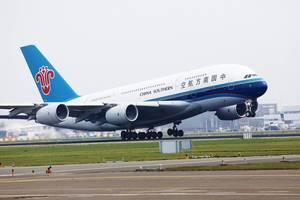 China Southern A380 startet vom Flughafen Amsterdam Schiphol