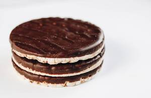 Chocolate rice cakes. Healthy dessert.