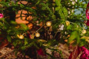 Christmas Lights With Red Ribbons (Flip 2019)