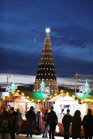 Christmas tree at Bucharest Christmas market (Flip 2019)