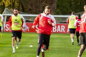 Claudio Pizarro beim Training am 13.11.2017