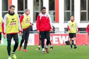 Claudio Pizarro, Lukas Klünter und Frederik Sørensen beim Training