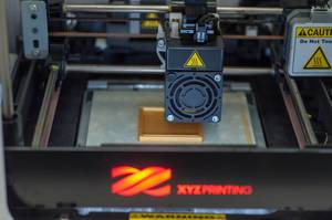 Close-up of a da Vinci 3D printer by XYZprinting
