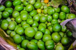 Close up of freshly harvested green tomatoes (Flip 2019)