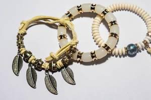 Close up of native bracelets (Flip 2019)