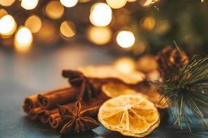 Close up of winter spices on Christmas background with Golden bokeh (Flip 2019)