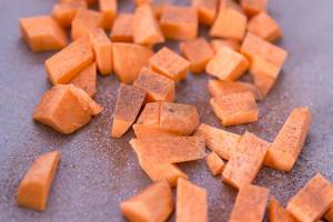 Close Up on sweet potatoes with cinnamon and sugar