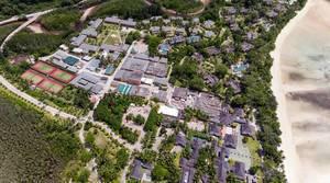 Constance Ephelia Resort auf Mahé auf den Seychellen aus der Vogelperspektive