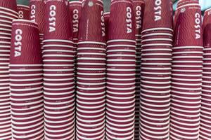 Costa Pappbecher für Kaffee