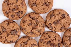 Crisp Chocolate Brownie Biscuits