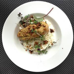 Crispy Chicken with Banana and Rice