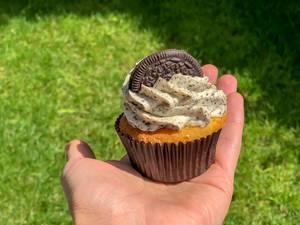Cupcake mit Doppelkeks von Oreo