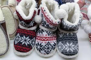 Damen-Hausschuhe für den Winter - IAW Köln 2018