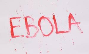 Das blutige Wort Ebola, vor weißem Hintergrund