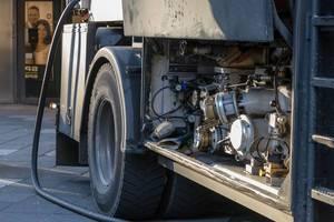Das Pumpwerk eines Tankfahrzeuges